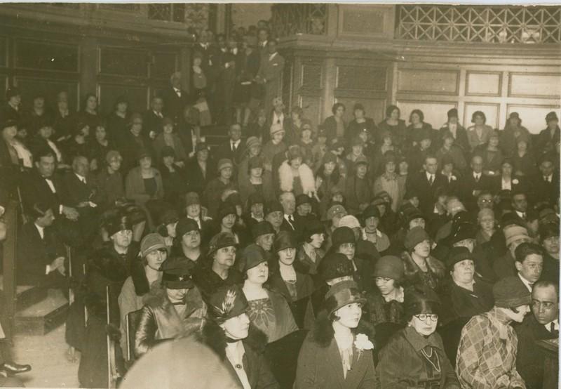 6 P. Luisi Conferencia en la Universidad 1926.jpg